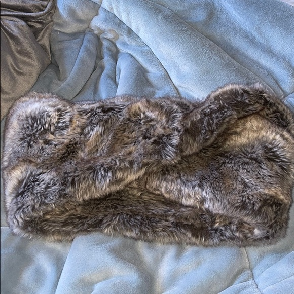 Faux Fur Infinity Scarf by H&M